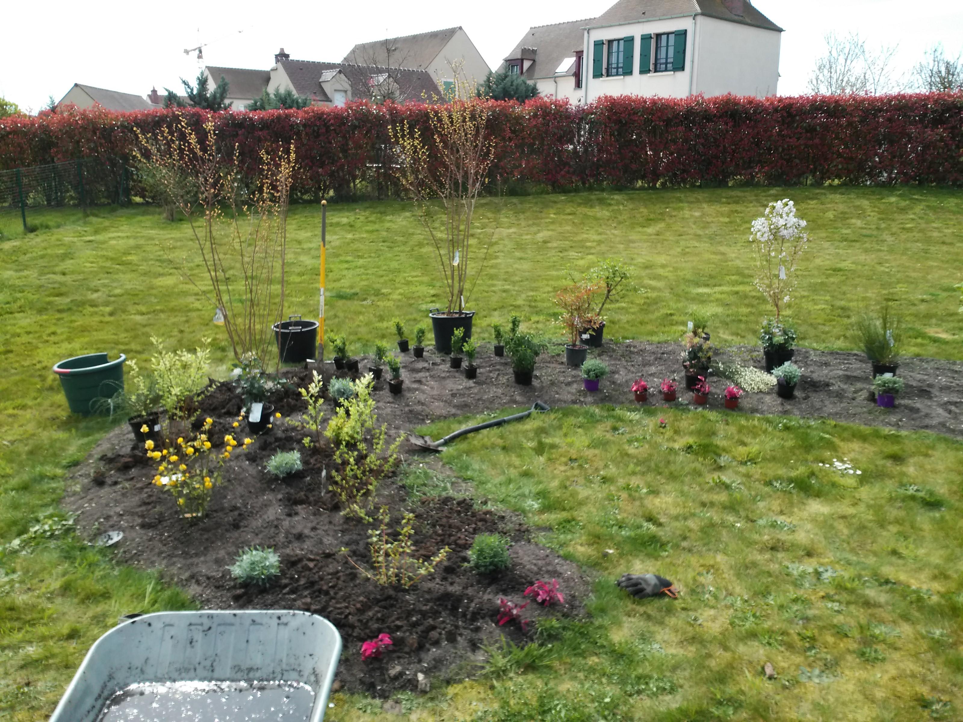 Am nagement jardin magny le hongre les espaces verts du for Amenagement jardin fleuri
